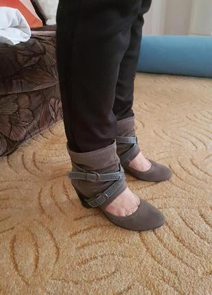 Интересные туфли ботинки 39 р не меняюсь