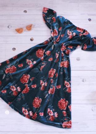 Велюрова сукня у квітковий принт бархатное платье в цветочный принт со спущенными плечами