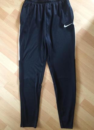 Спортивные штаны лосины nike