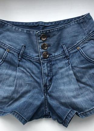 Винтажные шорты levi's