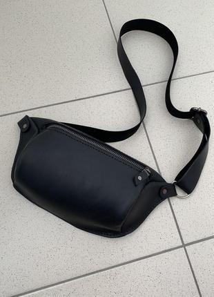 Кожаная сумка бананка handmade