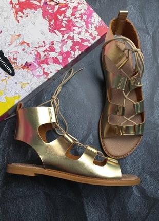 Chinese laundry оригинал золотые сандалии гладиаторы на шнуровке