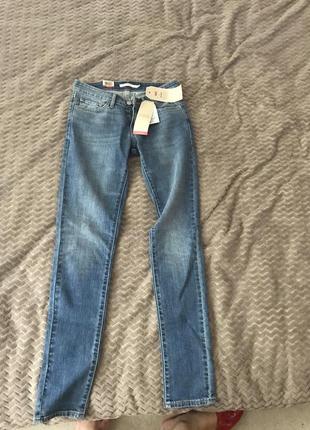 Оригинальные джинсы скини levi's