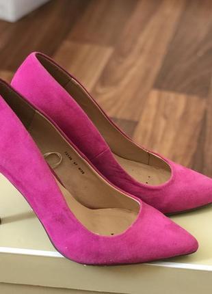 Стильные туфли на каблуке лодочки фуксия 39рр5 фото