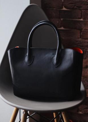 Новая! черная сумка-tote из итальянской кожи с косметичкой в комплекте