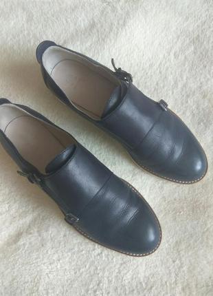 Шикарные кожаные туфли дорого бренда navyboot