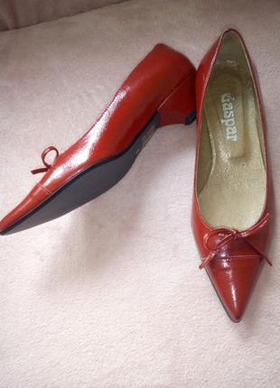 Туфлі 50%знижки!!!!!!