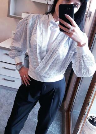 Италия  блуза с нашейной бабочкой