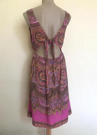 В наличии - вискозное платье с завязками на спинке *new look* 12/40 р.
