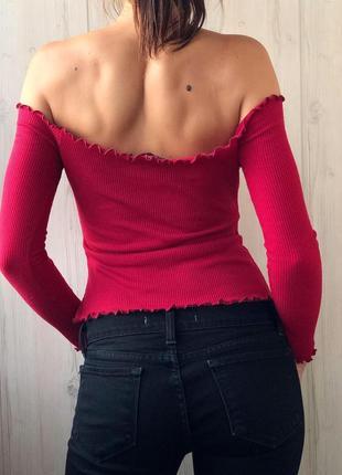 Красивый топ бордо в рубчик на плечи6 фото