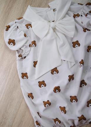 Оригинальная блузка с коротким рукавом
