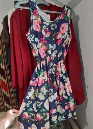Платье, сарафан в цветочный принт обмен