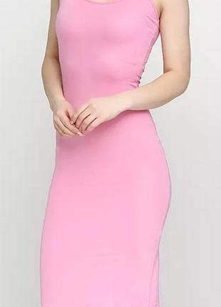 Платье - майка нежно розового цвета.