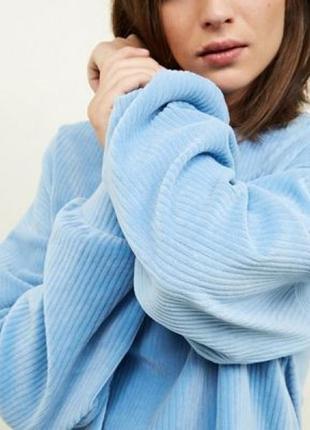 Стильный объёмный мягкий небесно-голубой свитер-джемпер с шерстью альпаки