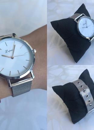 Наручные часы lvpai с металлическим ремешком серебристые