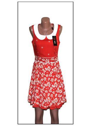 Yumi.новое с биркой.платье с белым воротником. принт - ромашки. размер наш 44