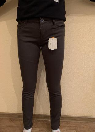 Sale / новые классные качественные джинсы ovs skinny италия / брюки mom