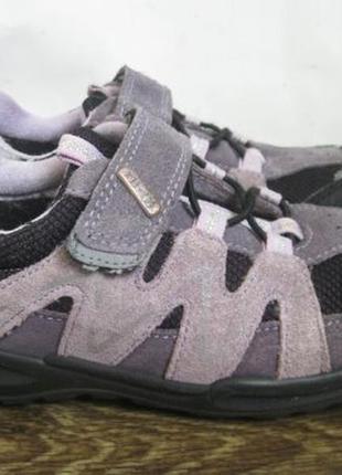 Демисезонные ботинки elefanten р.33