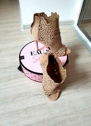 Туфли ботильоны от бренда aldo