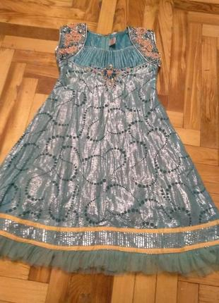 Нежные и очень красивые платья, индийский наряд 8-12 лет
