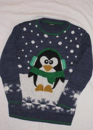 Новогодний свитер с пингвином