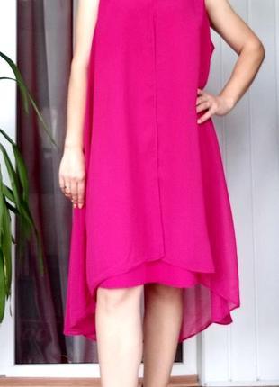 Шикарное нарядное платье цвета фуксии  от английского бренда wallis l