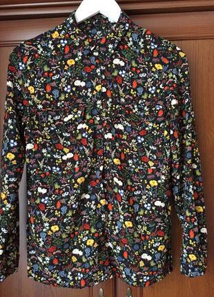 Ніжна рубашка з віскози zara в яскраві квіти, розмір хс