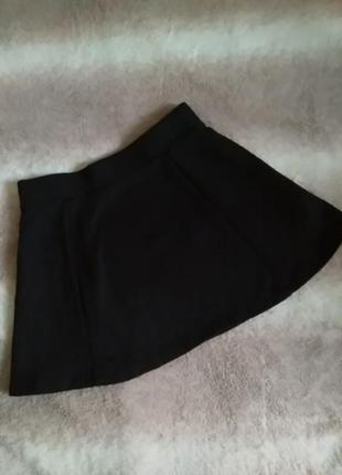 Фактурная школьная юбка
