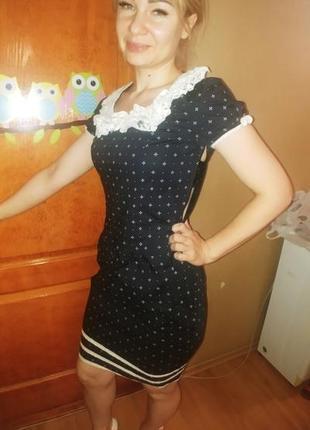 Платье миди из тонкого хлопка, с кружевным воротником