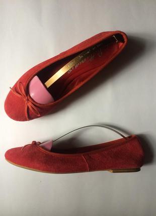 Яркие туфли балетки из натуральной замши  marks spenser 39 40