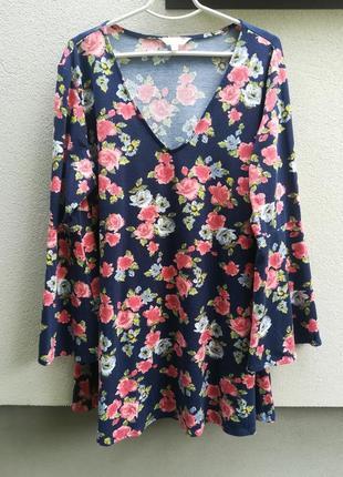 Шикарная кофта/блуза с цветами!