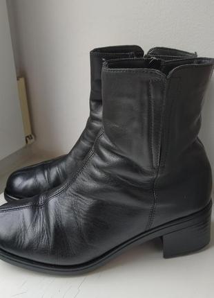 Осенние кожаные ботинки на среднем каблуку rieker 37р. 24 см.