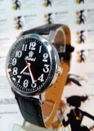 Мужские наручные часы xwei на ремешке