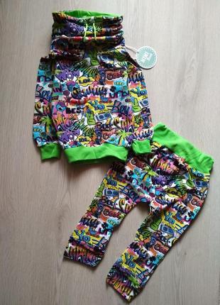 Трендовый дизайнерский костюм двунитка без начеса с ярким принтом 86-92см 1,5-2г.