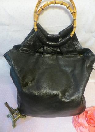 Ana blum шикарная кожанная , большая сумка .оригинал .