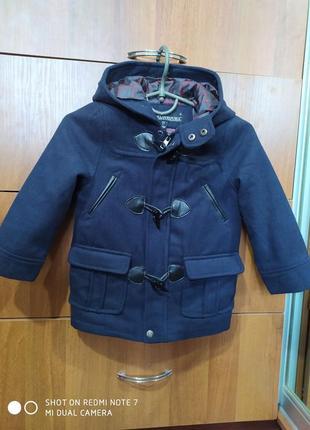 Классное стильное пальтишко 3-4 года