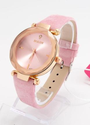 Красивые часы+коробочка