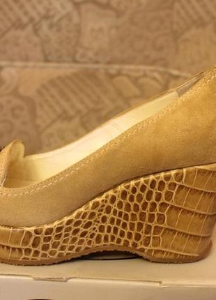 Туфлі kelton
