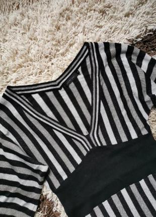 Мерцающее вискозное платье миди в полоску с люрексом