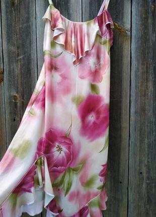 Очень красивое платье с напылением
