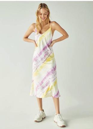 Сукня в білизняному стилі від bershka