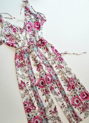 Летнее белое платье с кюлотами в принт цветы