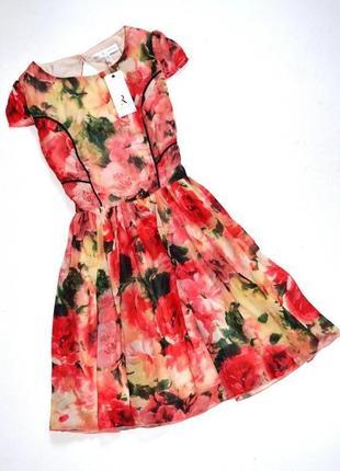 Topshop. новое! с этикеткой! брендовое платье в цветочный принт .размер: 8