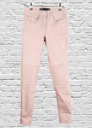 Нюдовые джинсы скинни, приталенные джинсы светлые, летние штаны скинни