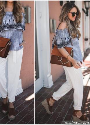Котоновые брюки-джоггеры белого цвета