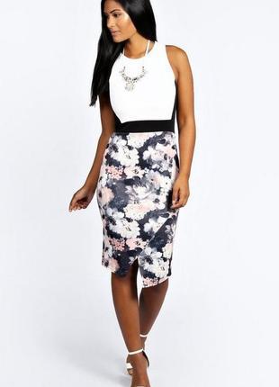 Платье миди по фигуре без рукавов с  цветочным принтом