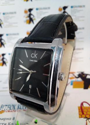 Мужские наручные часы ck с датой на ремешке