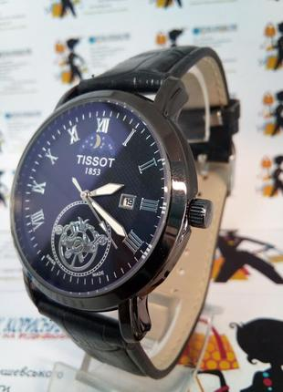 Мужские наручные часы tissot с датой на ремешке