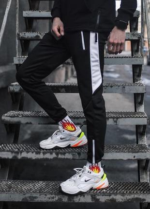 Спортивные штаны с лампасами мужские - joke