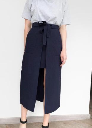 Асимметричная юбка миди с поясом